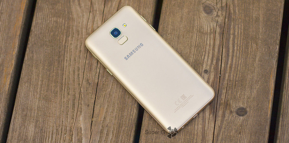 Samsung Galaxy j6 (2018) сзади