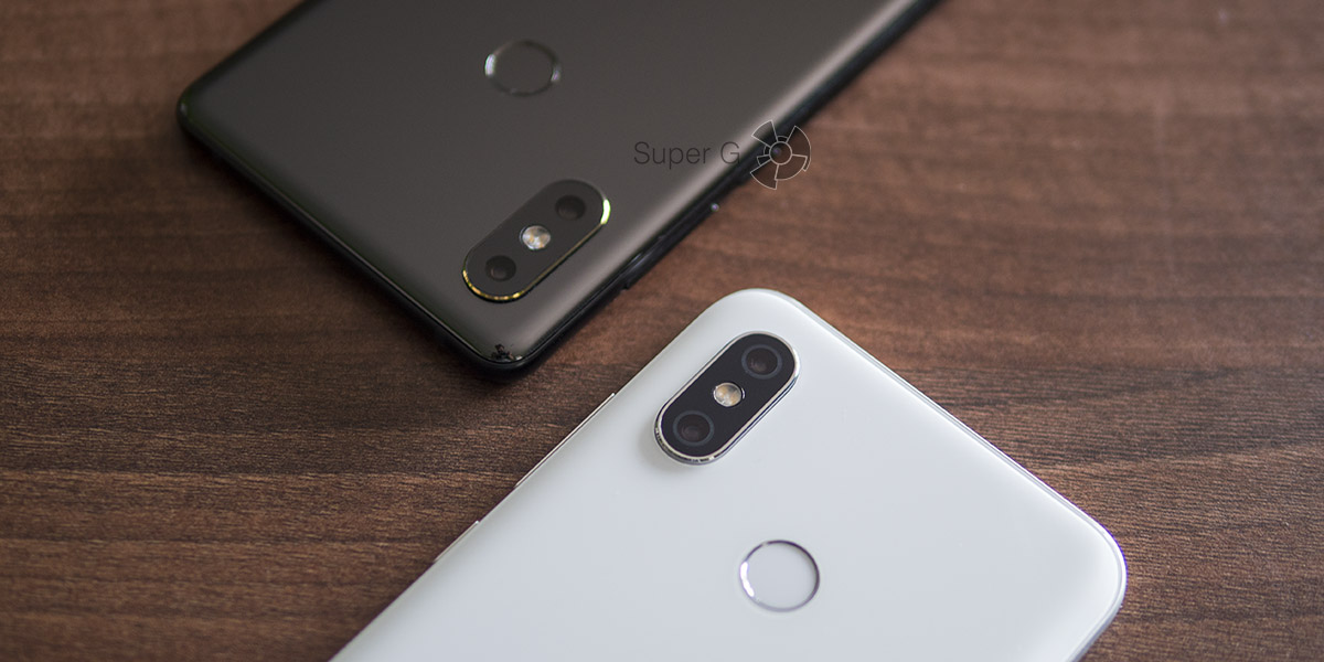Xiaomi Mi8 или Xiaomi Mi MIX 2S (сверху)