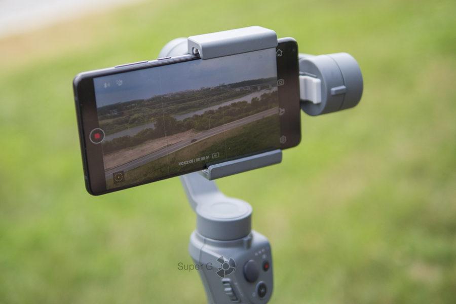 Съёмка видео на смартфон при помощи DJI Osmo Mobile 2