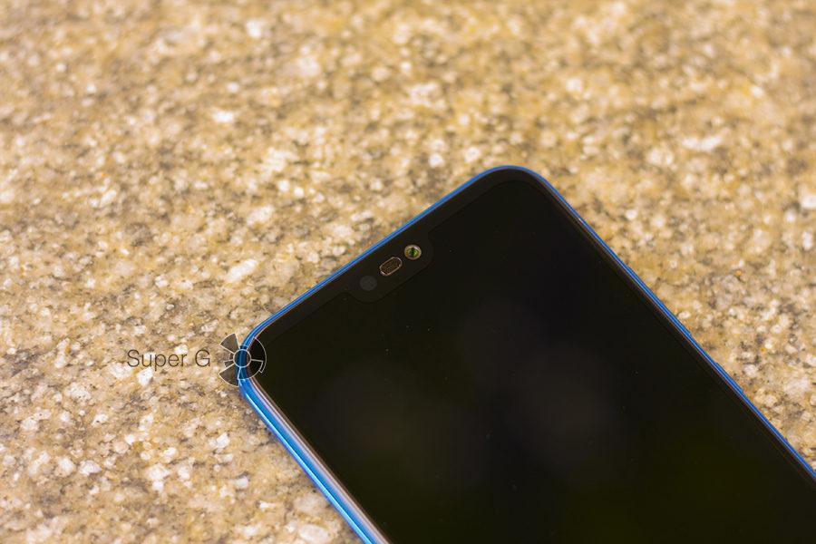 Козырёк Huawei P20 Lite