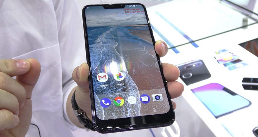 CUBOT P20 реально фото смартфона в руках
