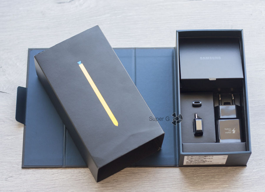 Распаковка Samsung Galaxy Note 9 SM-N960