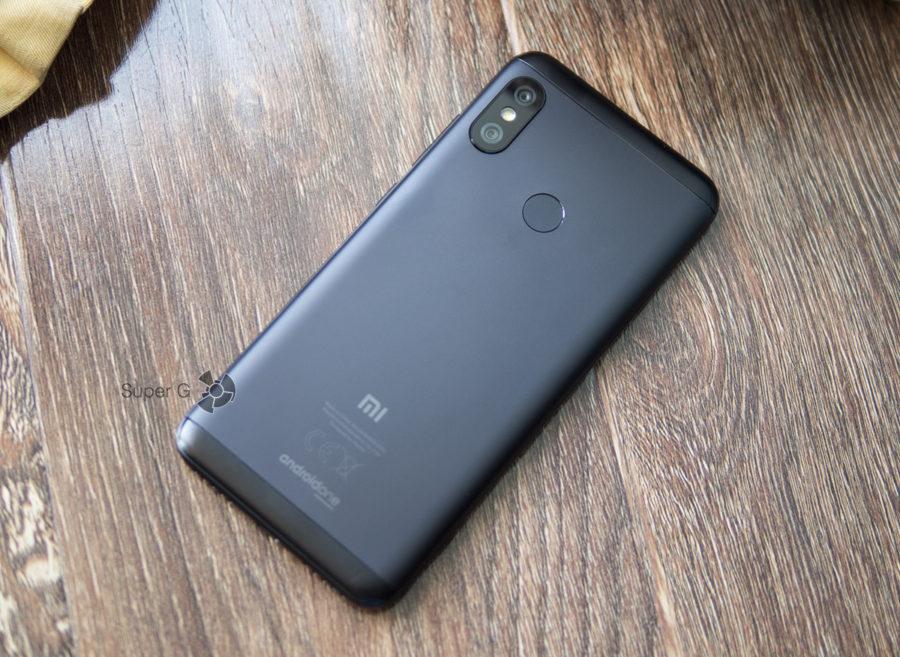 Xiaomi Mi A2 Lite без чехла