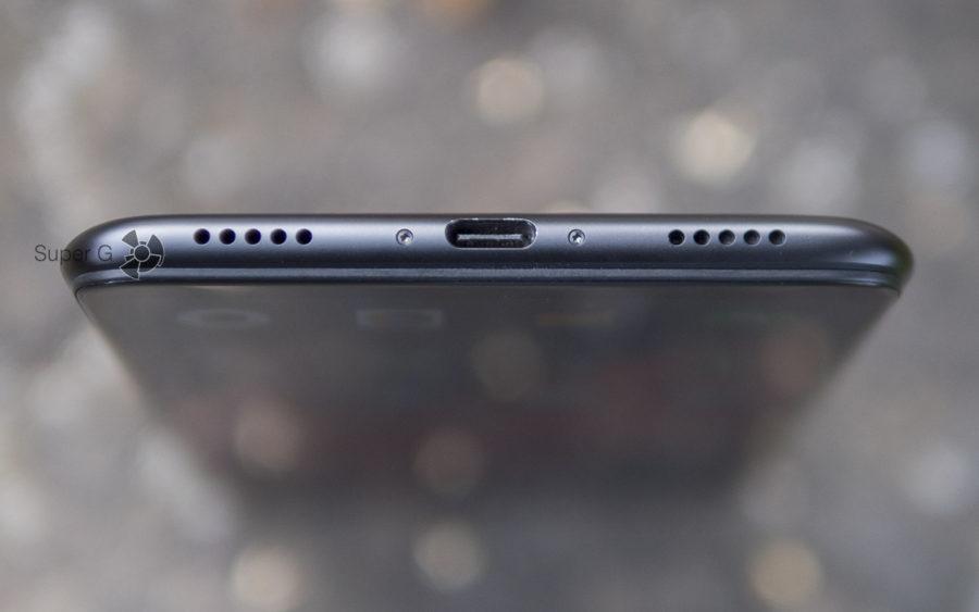 Xiaomi Mi Max 3 играет через два динамика: основной и разговорный