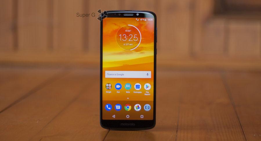 Экран Moto E5 Plus