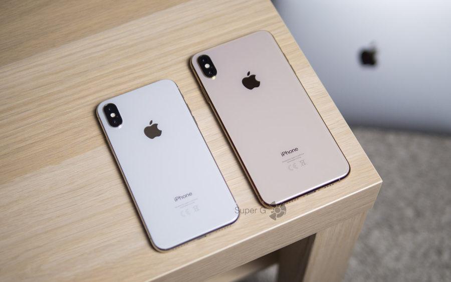 Слева iPhone X 256 ГБ, справа iPhone XS Max 512 ГБ