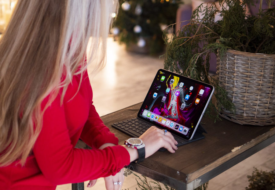 Работаем на Apple iPad Pro 11 с клавиатурой Folio
