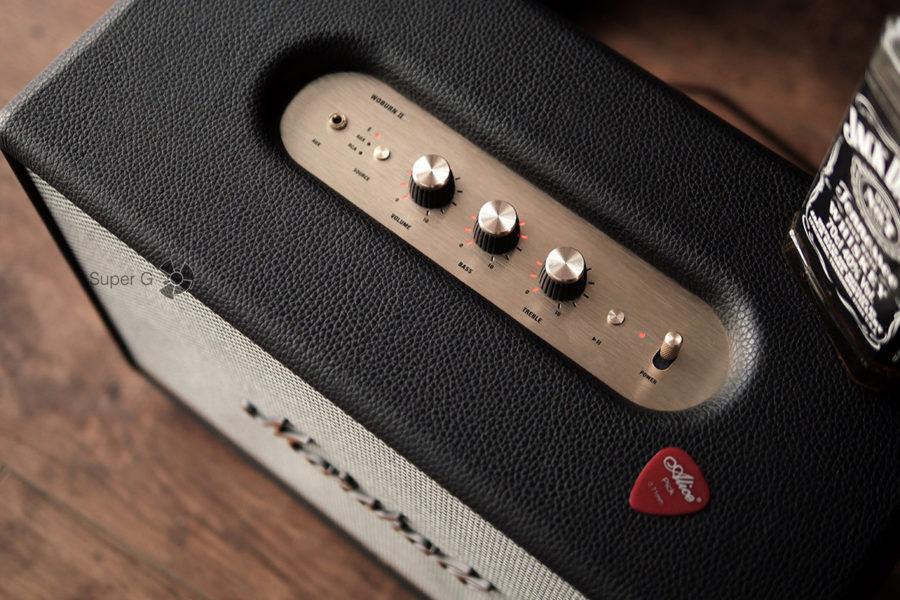 Кнопки и подключение Marshall Woburn II Bluetooth