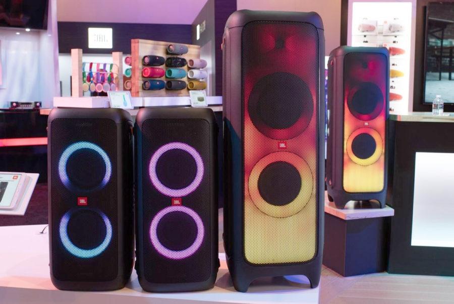 Дикая акустика для вечеринок JBL PartyBox 1000