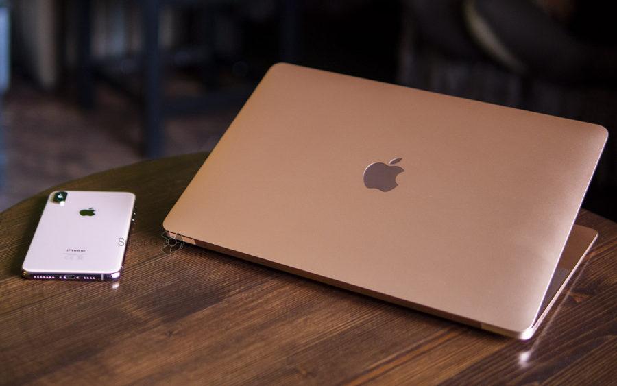 У MacBook Air 2018 больше не горит яблочко