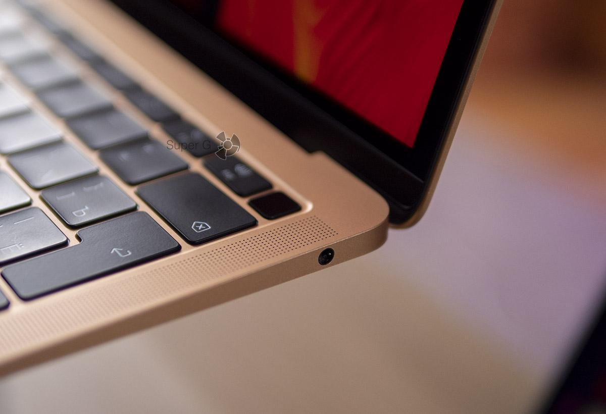 Разъёмы MacBook Air 2018 - один выход на наушники и только два USB-C