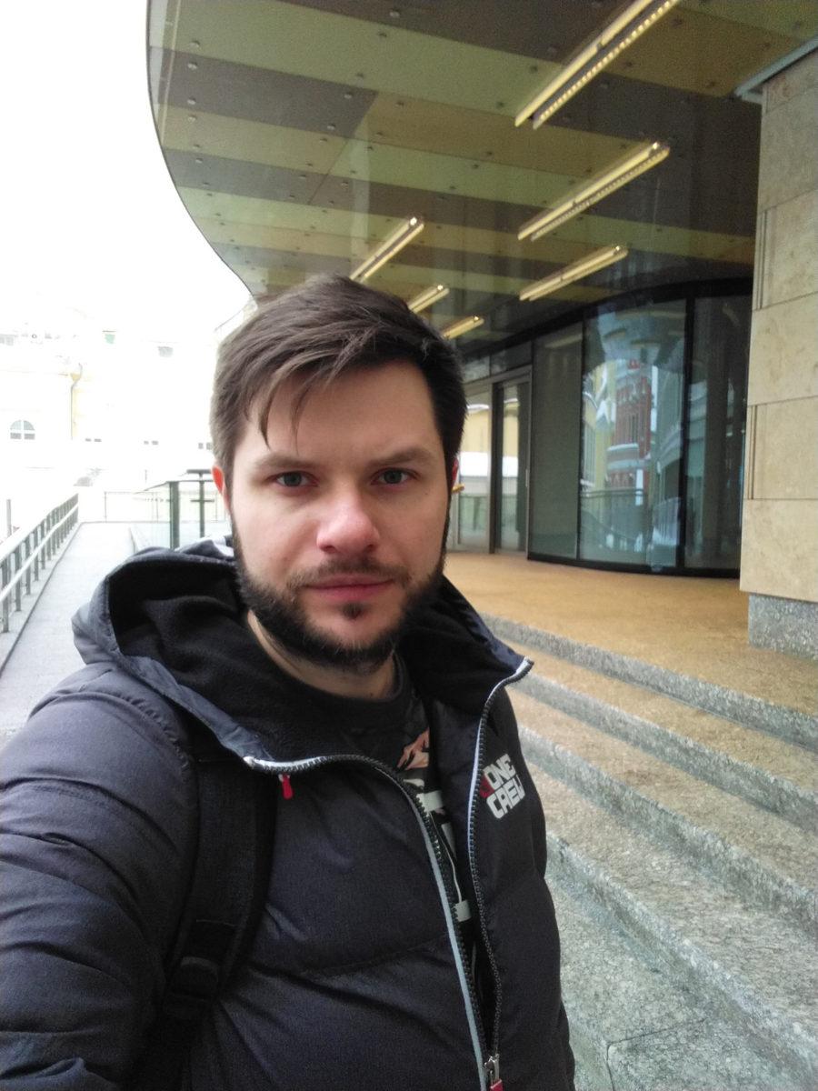 Фронтальная камера Яндекс.Телефон - пример фото