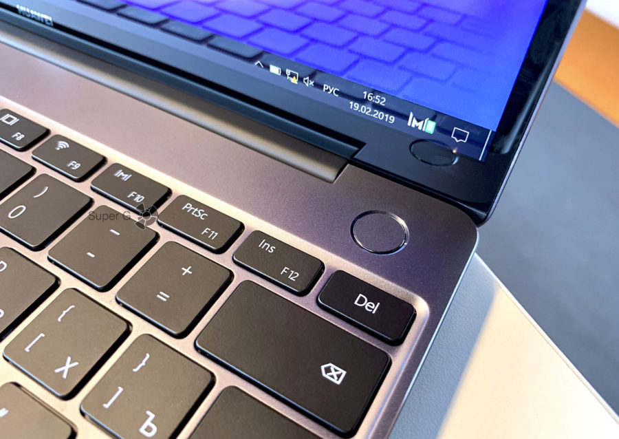 Клавиатура и сканер отпечатков пальцев Huawei MateBook 13