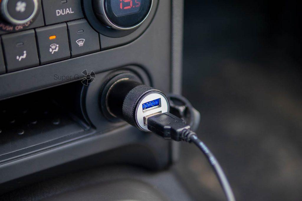 Штекер для подключения Neoline G-Tech X72 с двумя USB