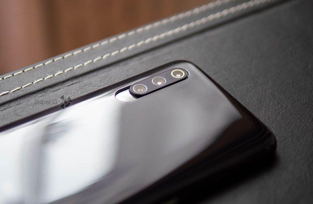 Чехол из комплекта не полностью прикрывает камеры Xiaomi Mi 9