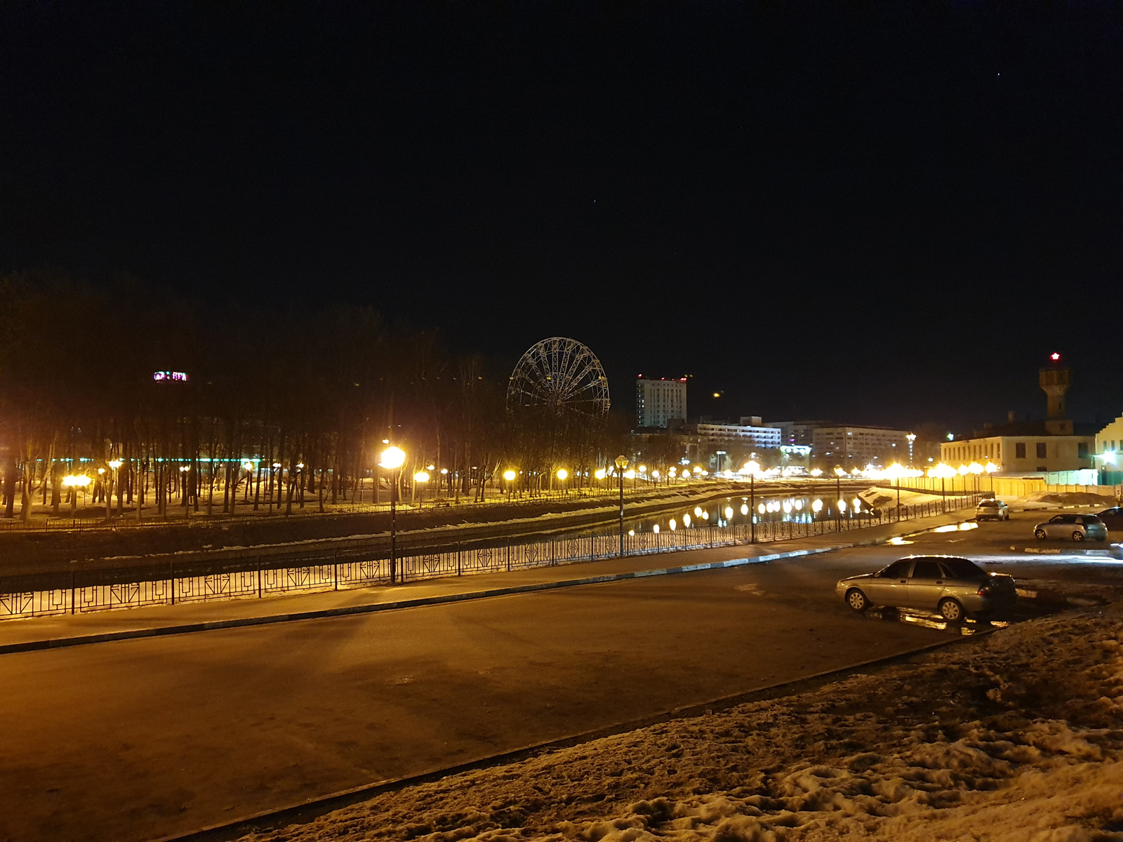 Тест ночной съёмки на Samsung Galaxy S10