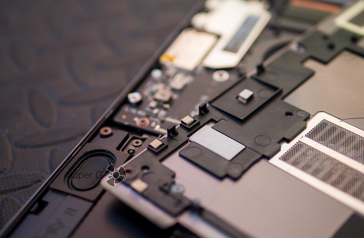 Как снять крышку Xiaomi Mi Notebook Pro