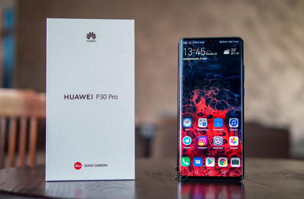 Комплектация Huawei P30 Pro и коробка из-под смартфона
