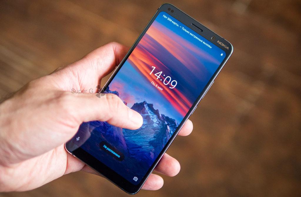 Сканер отпечатков пальцев Nokia 9 PureView работает отвратительно