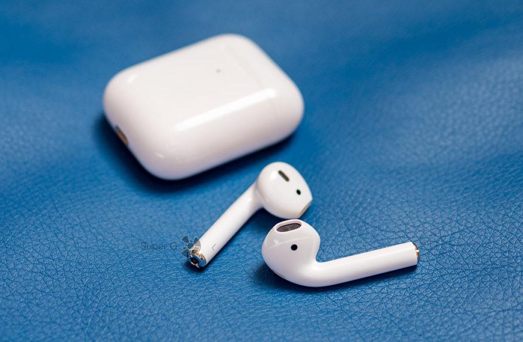 Apple AirPods не держатся в ушах