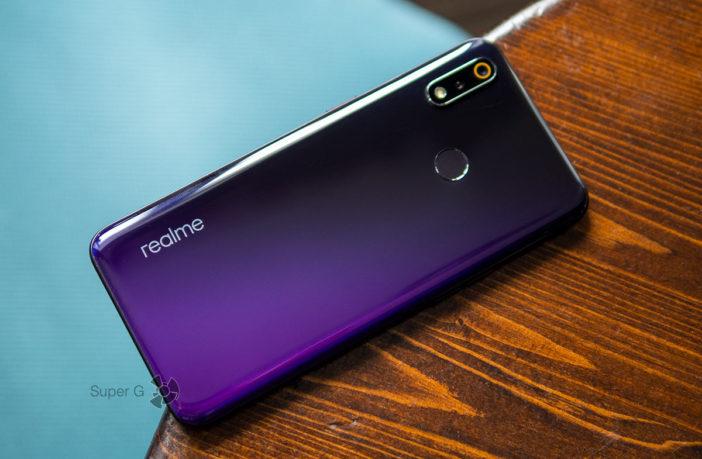 Обзор Realme 3 Pro