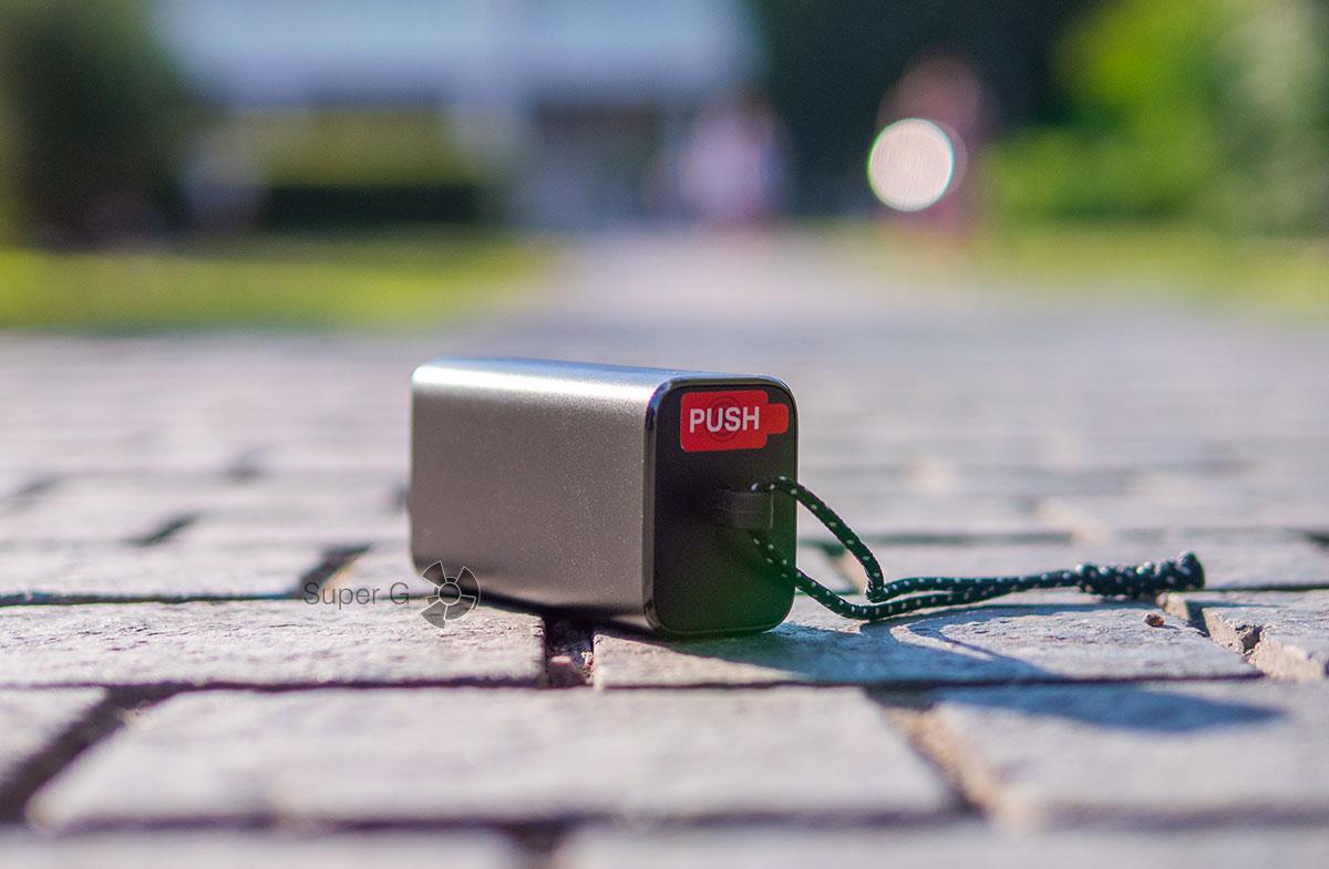 Футляр для переноски наушников JBL Under Armour True Wireless Flash