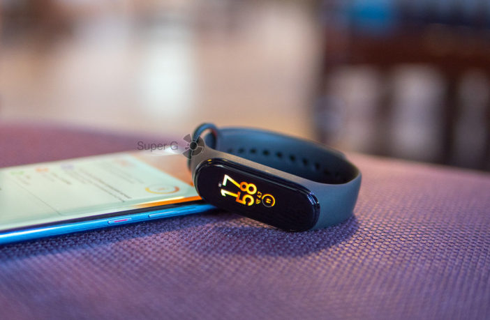 Обзор Xiaomi Mi Smart Band 4 - по-прежнему круто и дёшево