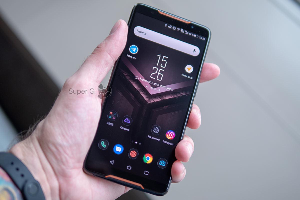 Дисплей ASUS ROG Phone 1-го поколения