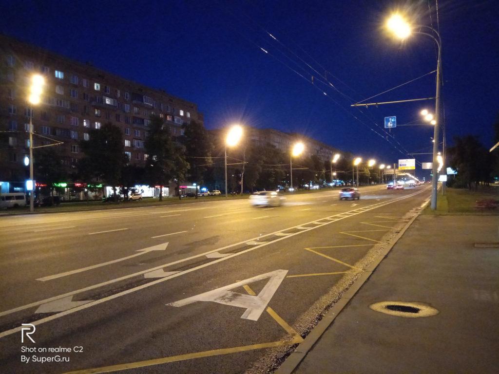 Пример работы HDR ночью - камеры Realme C2