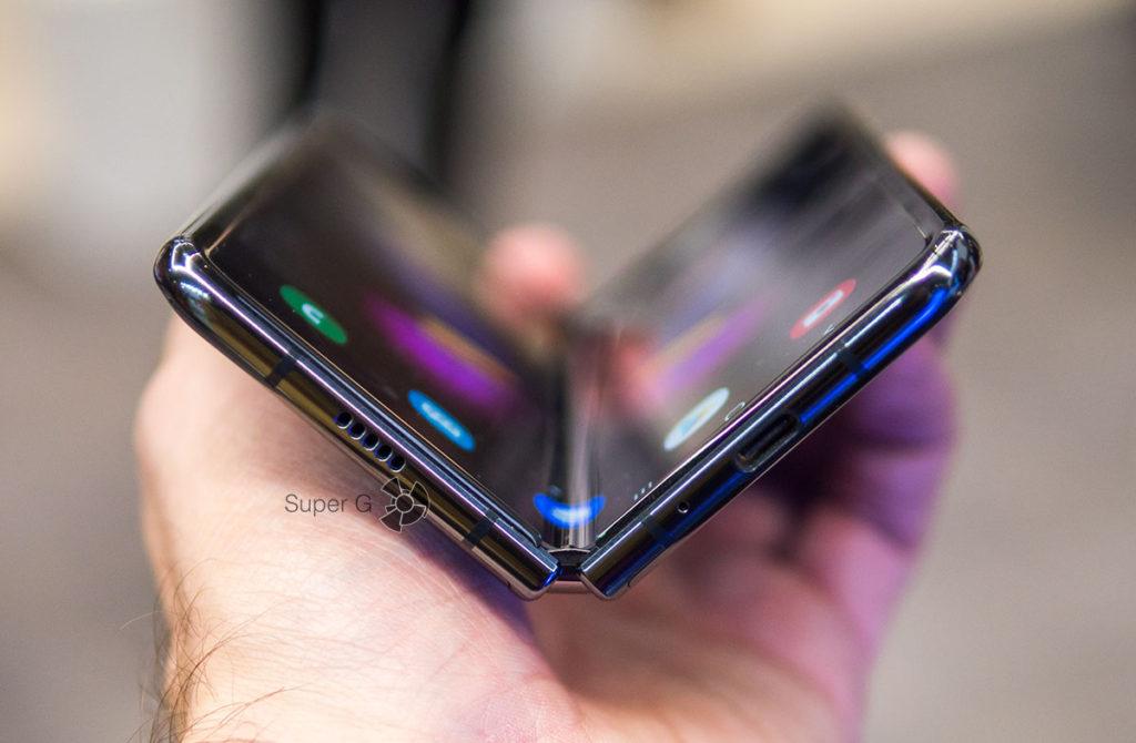 Гибкий дисплей Samsung Galaxy Fold