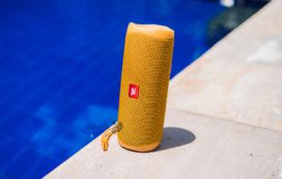 Обзор Bluetooth-колонки JBL Flip 5 - новое не всегда лучшее
