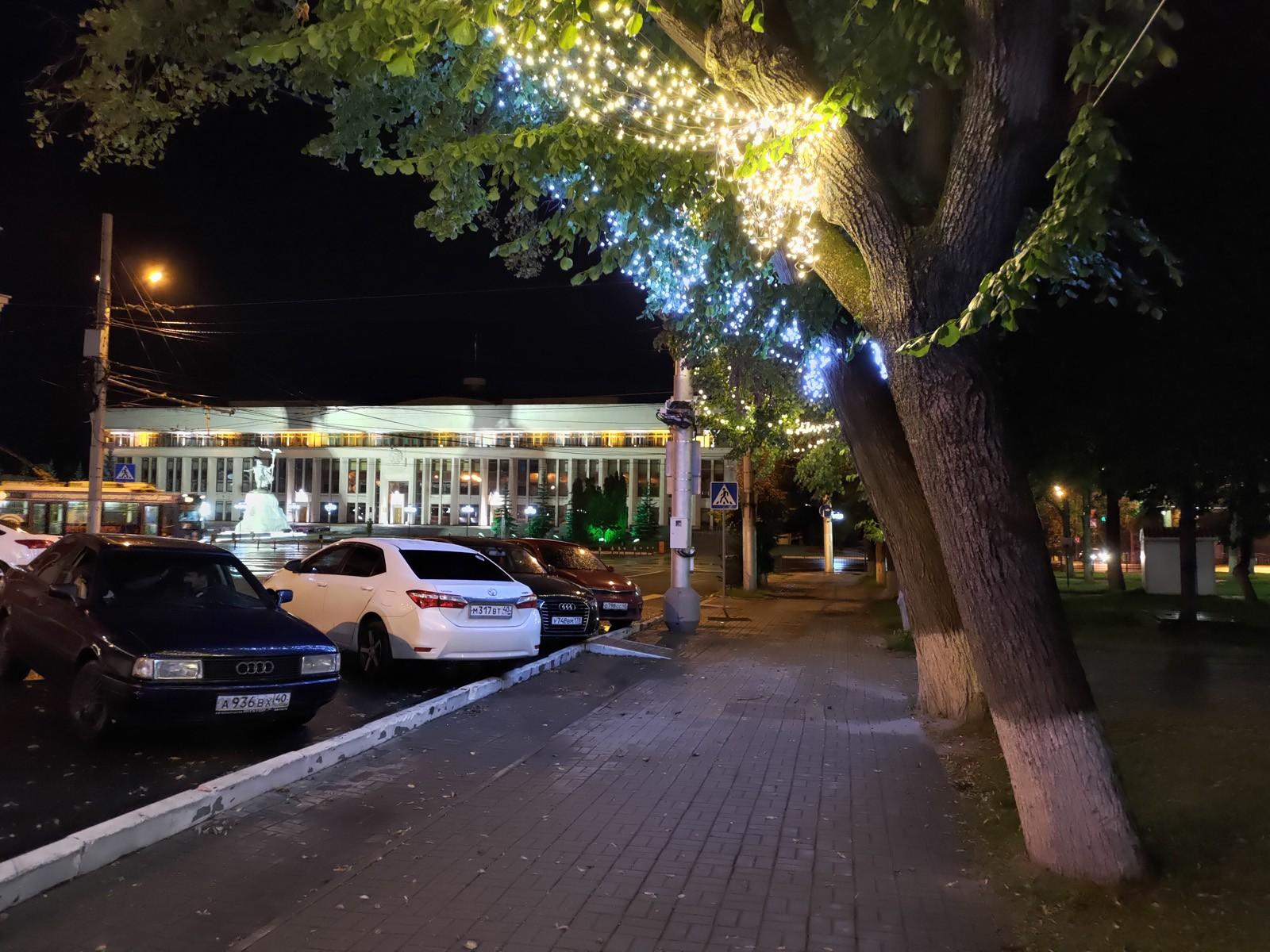 Ночное фото с основной камеры ASUS ROG Phone 3
