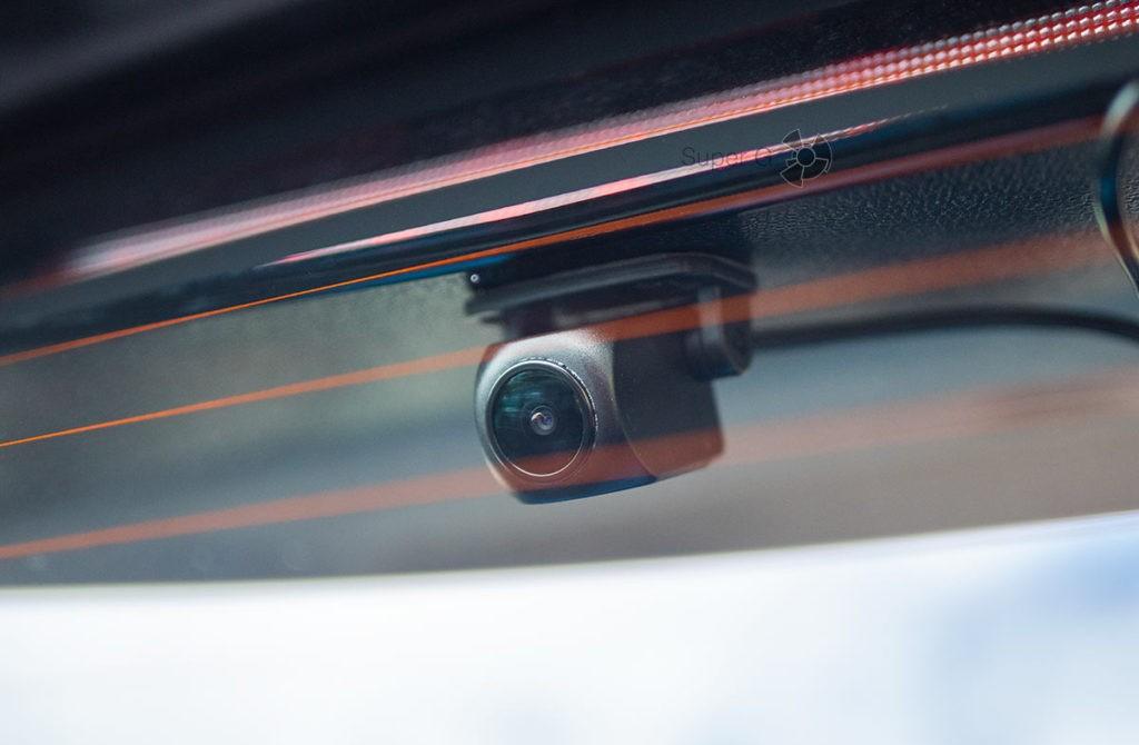 Камера заднего вида Neoline G-Tech X76