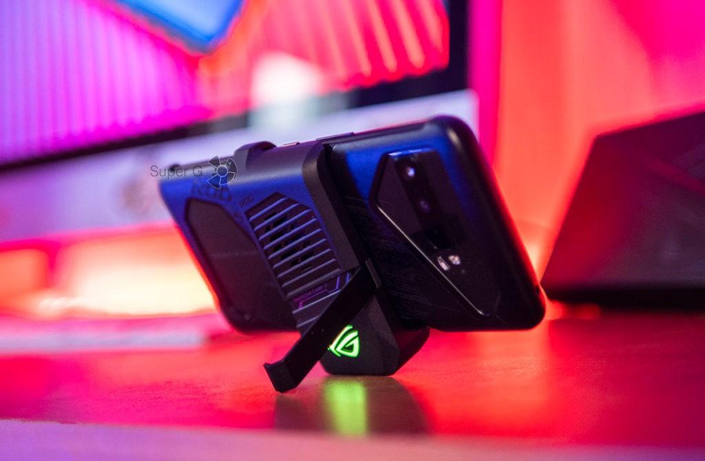 AeroActive Cooler 3 с подставкой под ASUS ROG Phone 3
