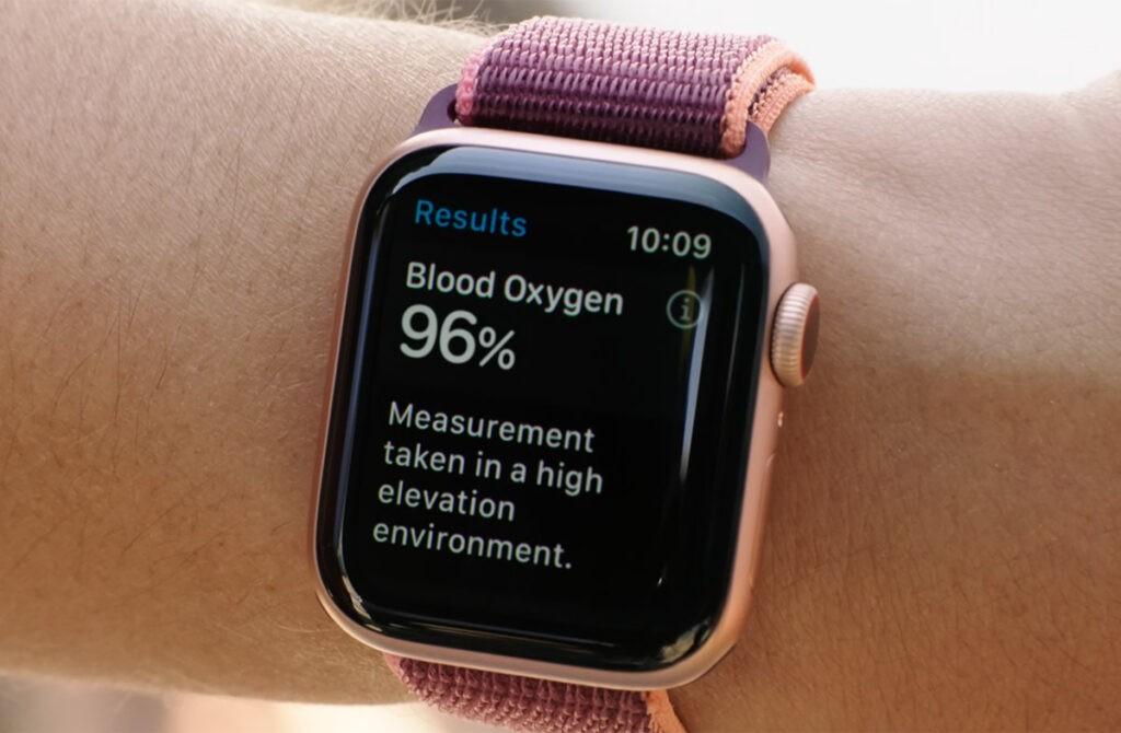 Уровень кислорода в крови SpO2 Apple Watch 6