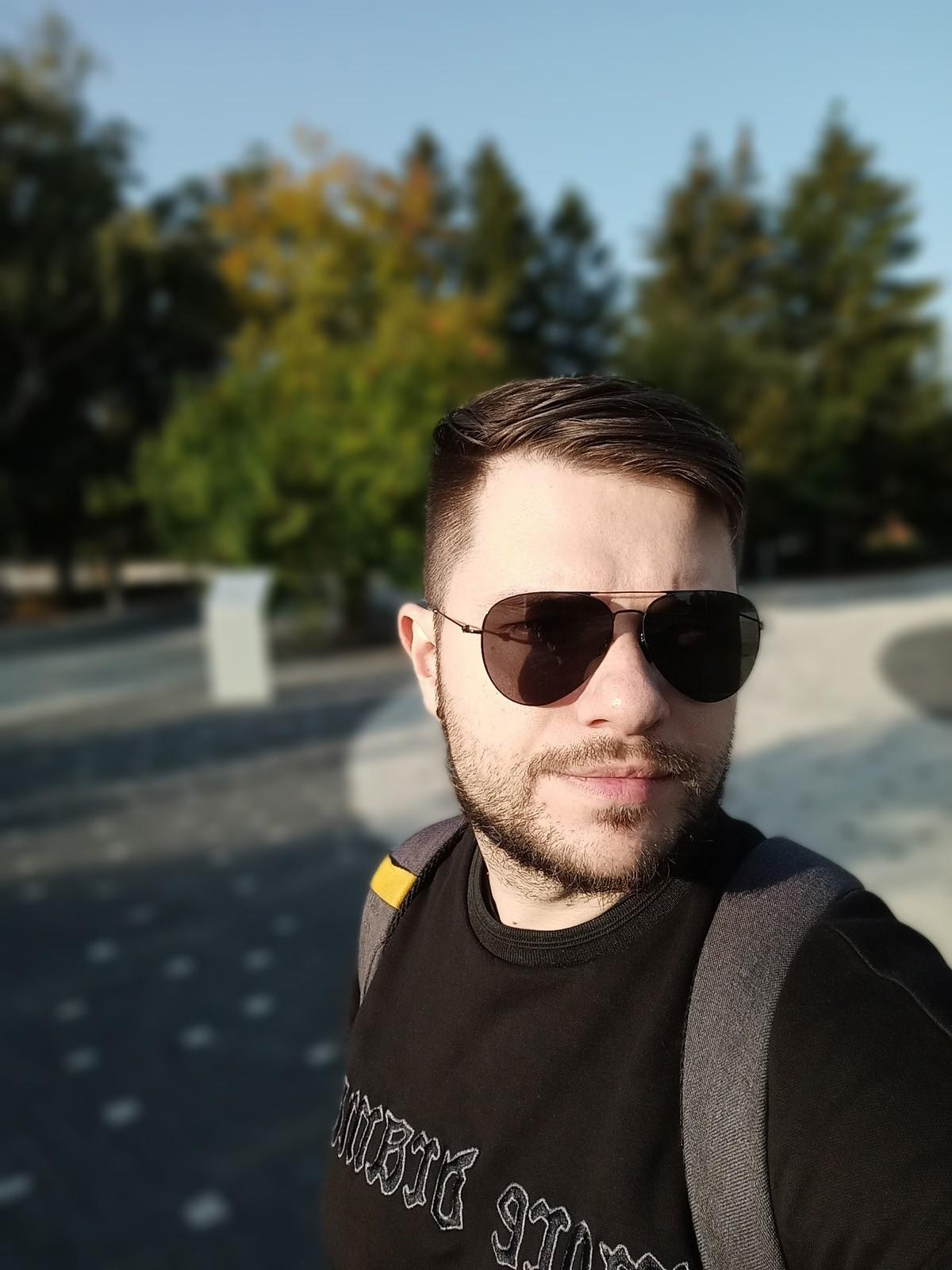 Портретный режим фронтальной камеры Realme 6s