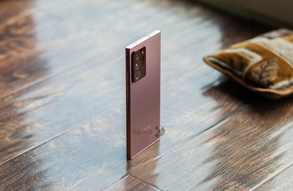 Три камеры Samsung Note 20 Ultra