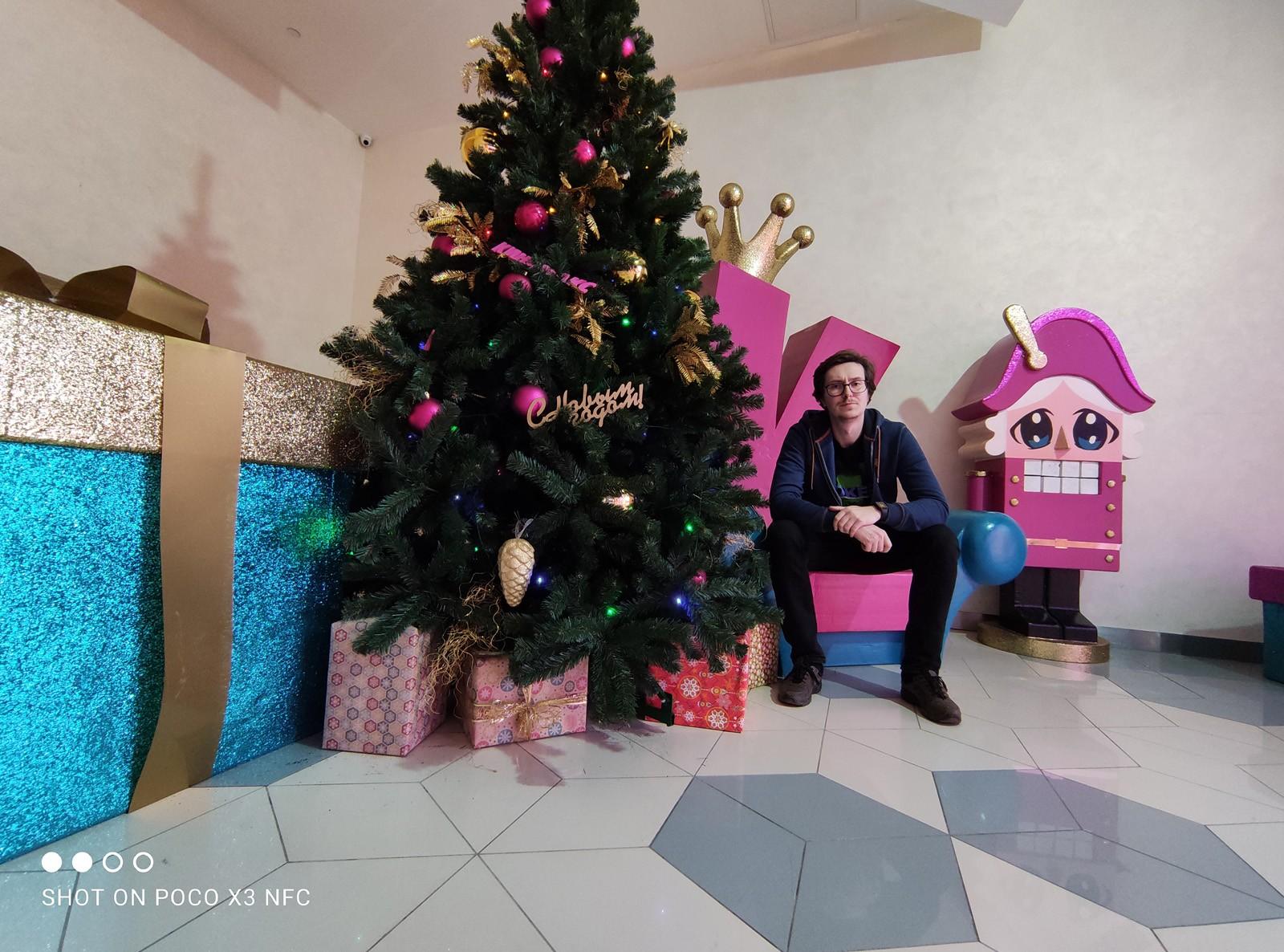 Poco X3 фото на широкоугольную камеру в помещении
