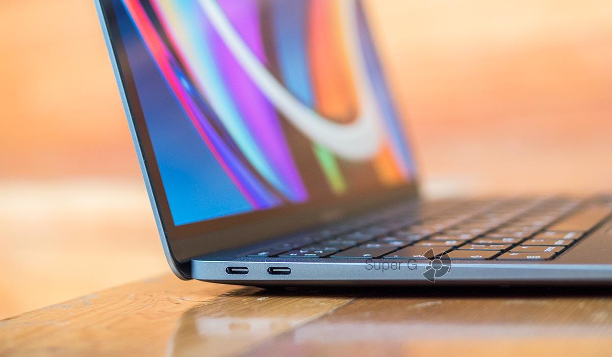 Два разъёма Thunderbolt 3 на MacBook Air 2020
