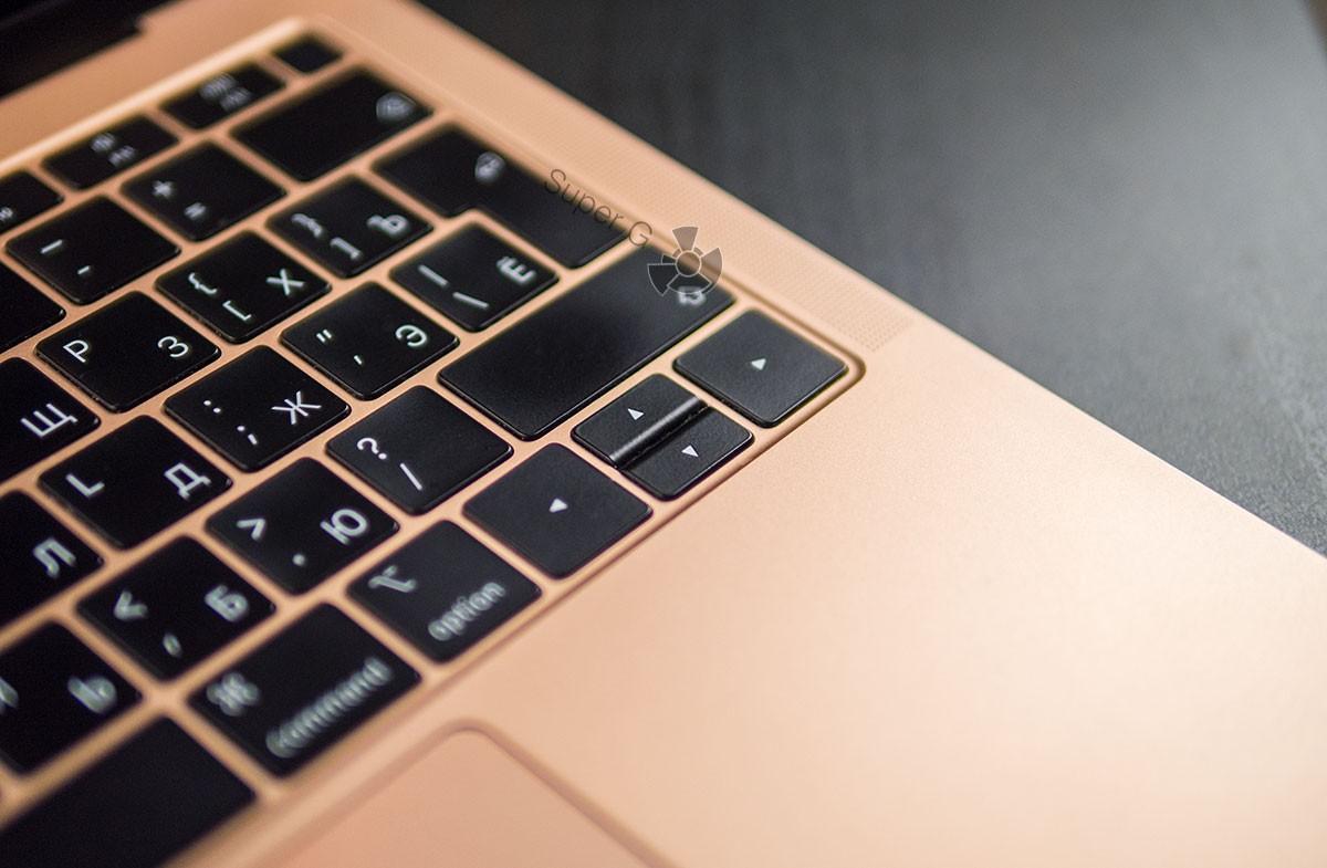 Кнопки на старом MacBook Air