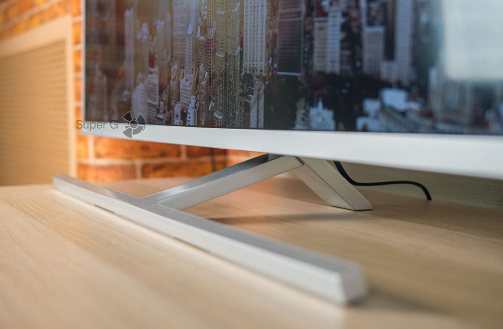 Philips 50POS8505 металлическая подставка и рамка