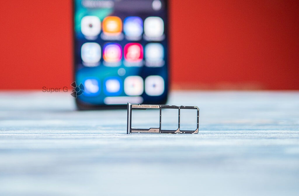 Слот для Micro SD и двух Nano SIM Redmi Note 10