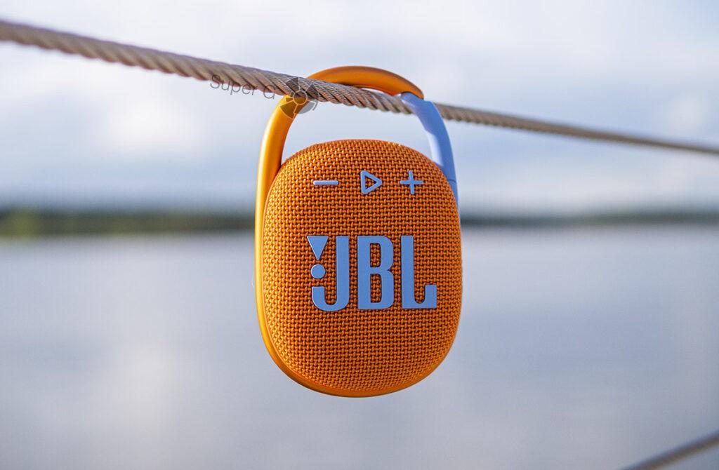 Беспроводная колонка JBL Clip 4