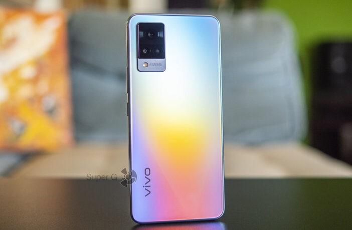 Обзор Vivo V21 — яркий, летний смартфон