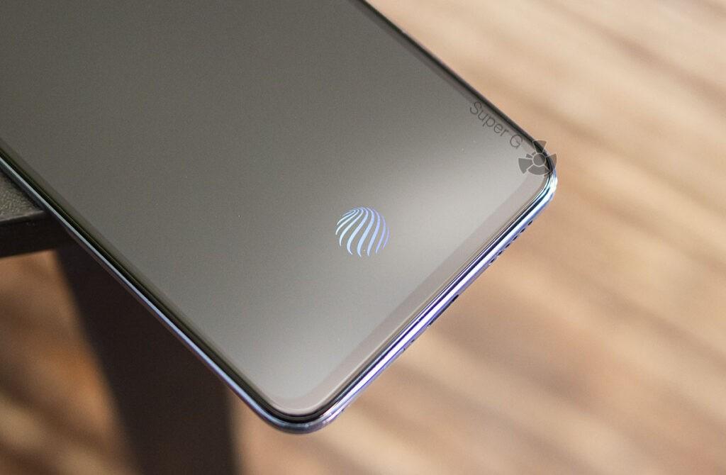 Сканер отпечатков пальцев Vivo V21