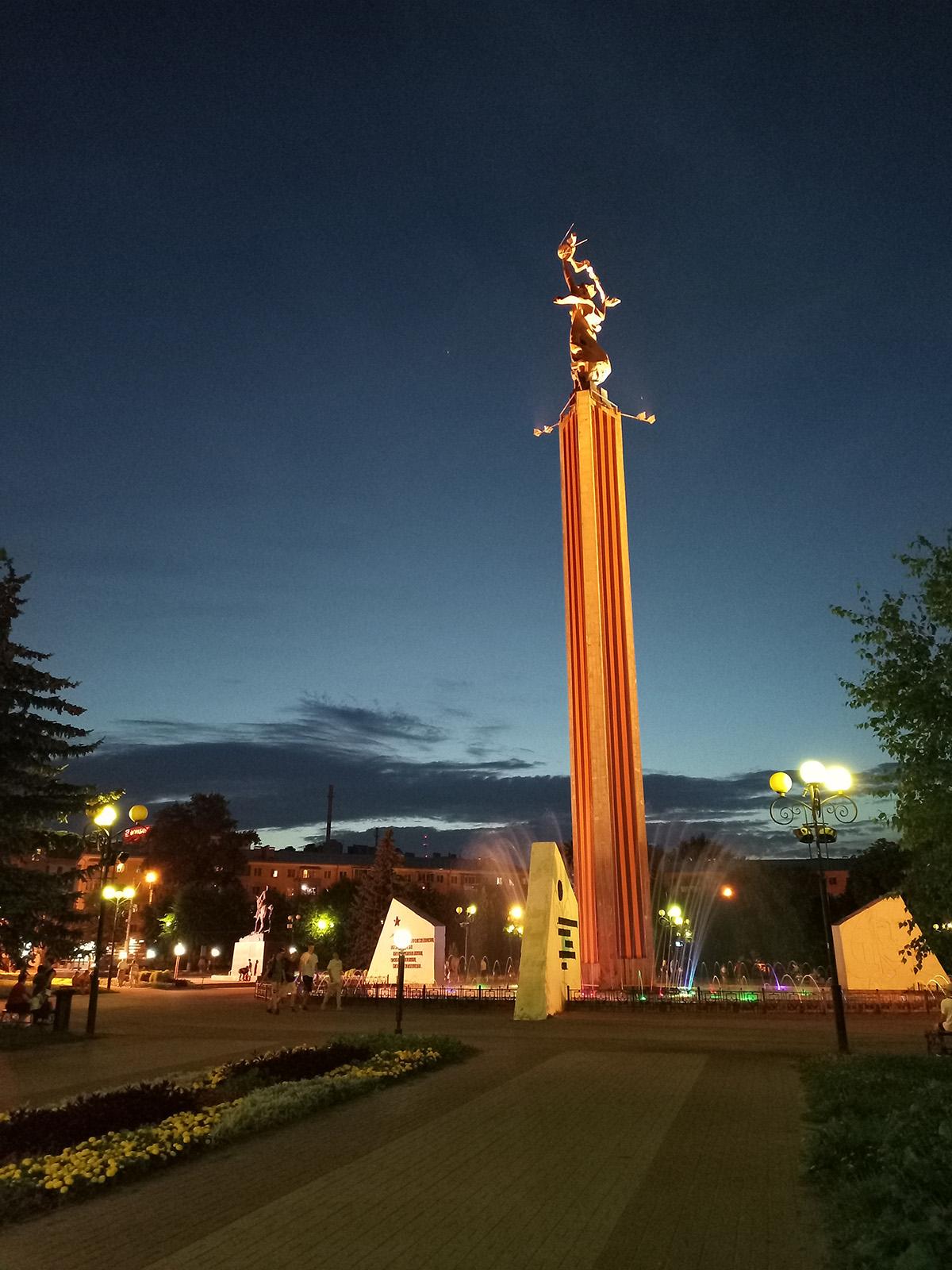 Обычное ночное фото с Tecno Camon 17P