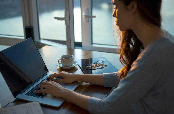 Как выбрать недорогой ноутбук к школе?