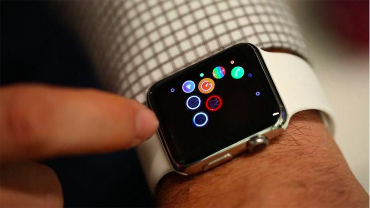 Первичная настройка Apple Watch