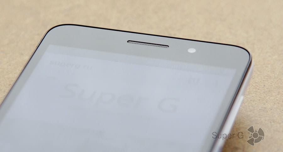 Пластиковый бортик Huawei Honor 4X