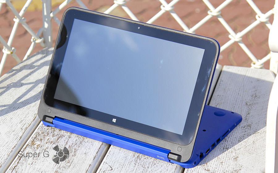 Ноутбук HP Stream x360 в режиме планшета